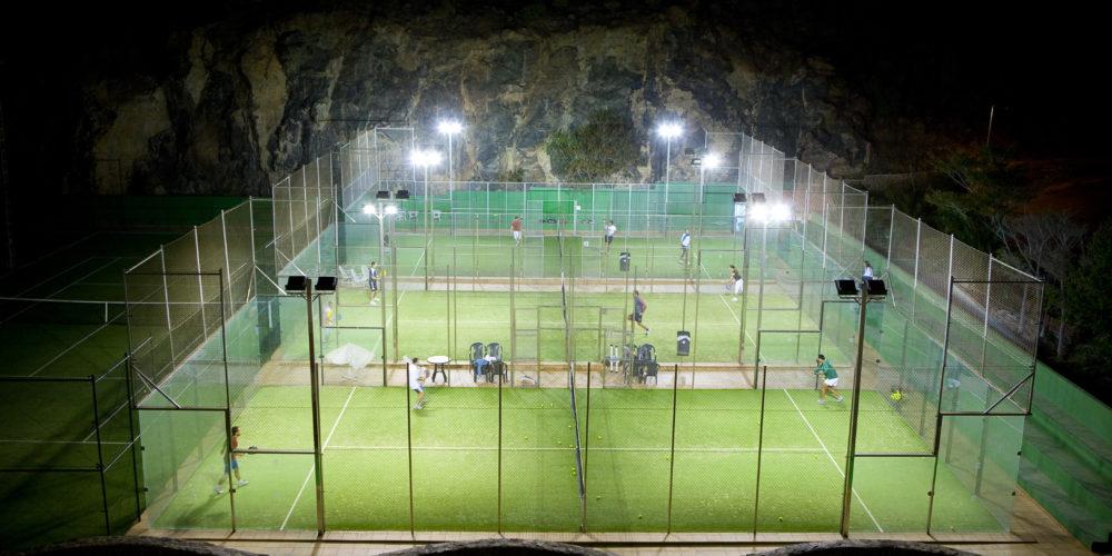 Club de Tenis y Pádel. Tennis & paddle club